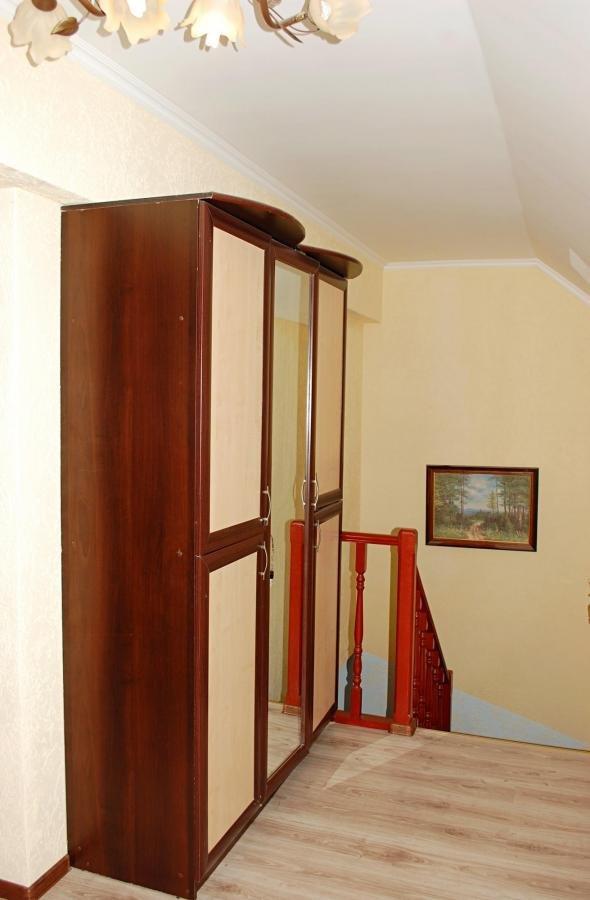 Квартира на продажу по адресу Россия, Калининградская область, Калининград, Добролюбова ул